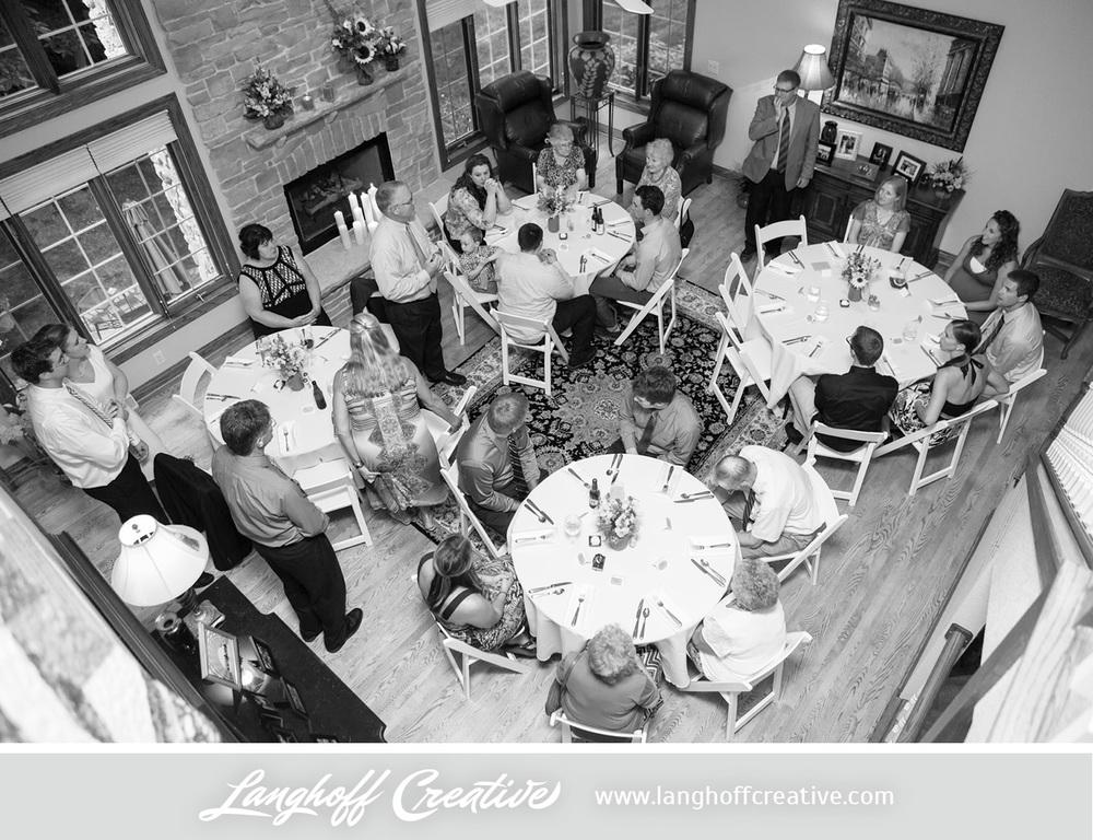WisconsinWedding-WeddingPhotography-BackyardWedding-LanghoffCreative-28-photo.jpg
