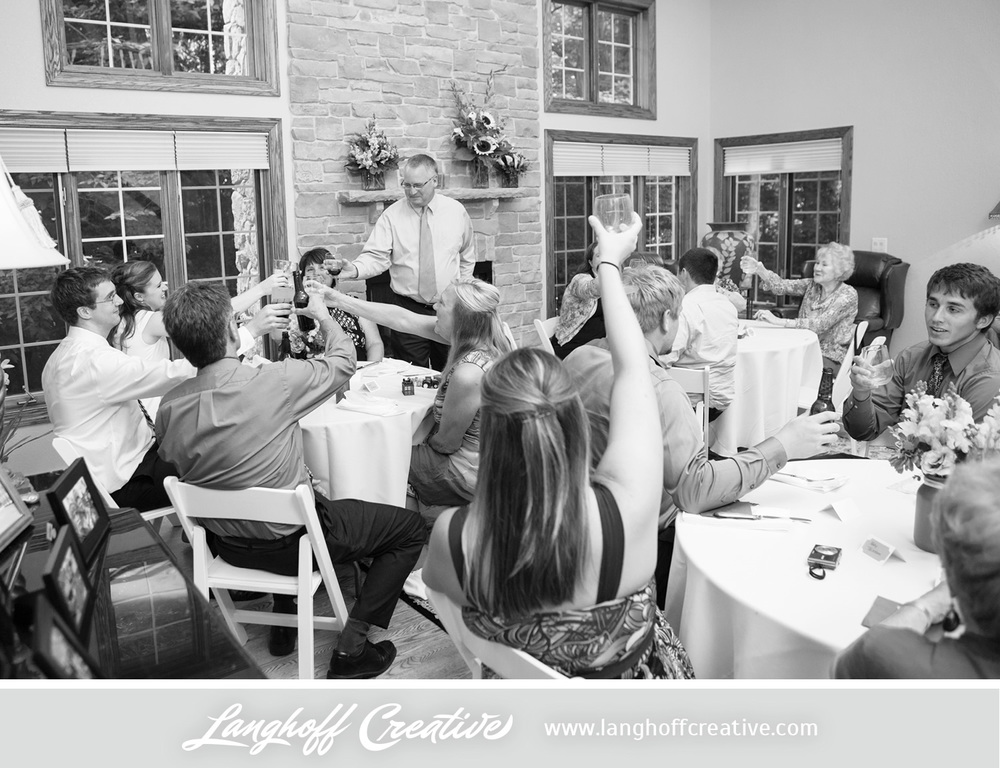 WisconsinWedding-WeddingPhotography-BackyardWedding-LanghoffCreative-29-photo.jpg