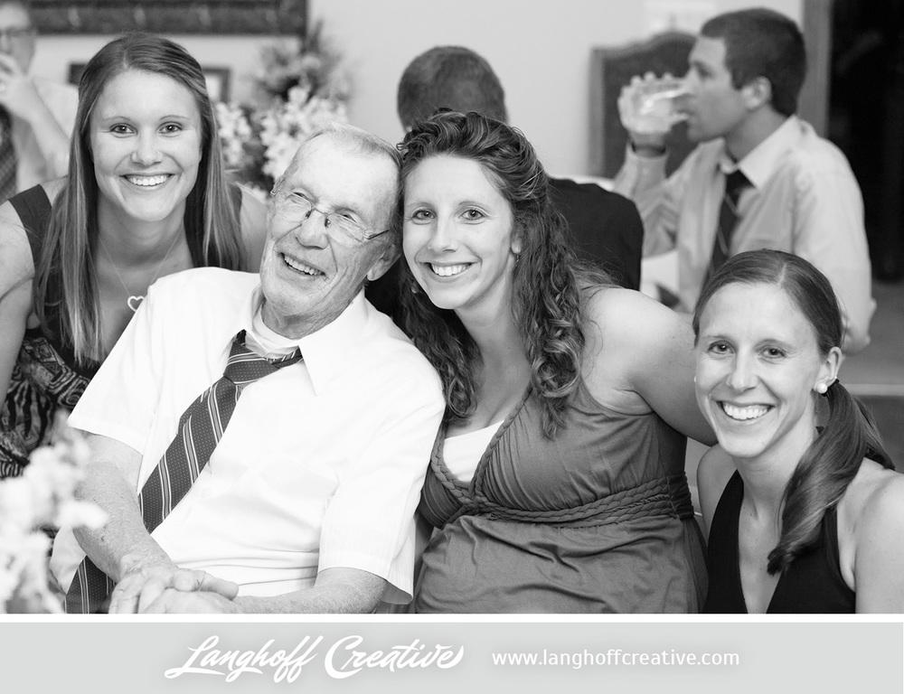 WisconsinWedding-WeddingPhotography-BackyardWedding-LanghoffCreative-32-photo.jpg
