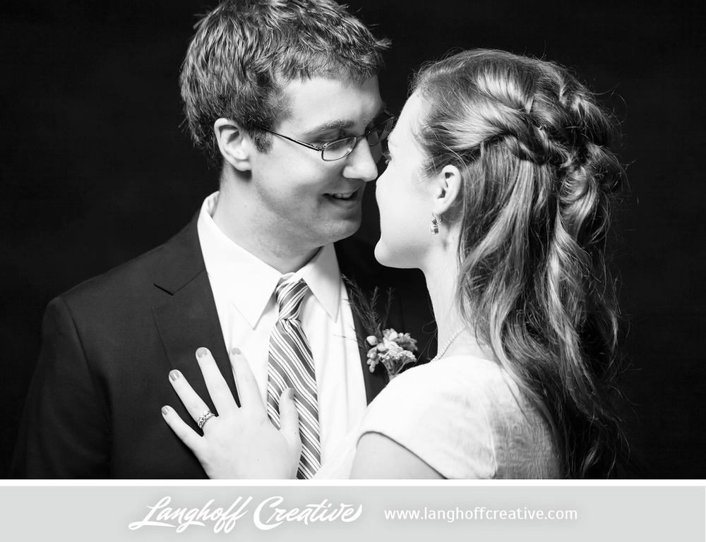 WisconsinWedding-WeddingPhotography-BackyardWedding-LanghoffCreative-36-photo.jpg