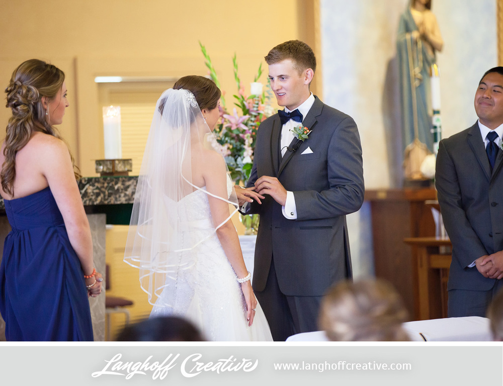 IllinoisWedding-WeddingPhotography-EaglewoodResort-LanghoffCreative-14-photo.jpg