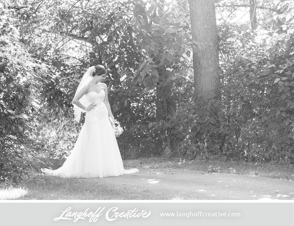 IllinoisWedding-WeddingPhotography-EaglewoodResort-LanghoffCreative-23-photo.jpg