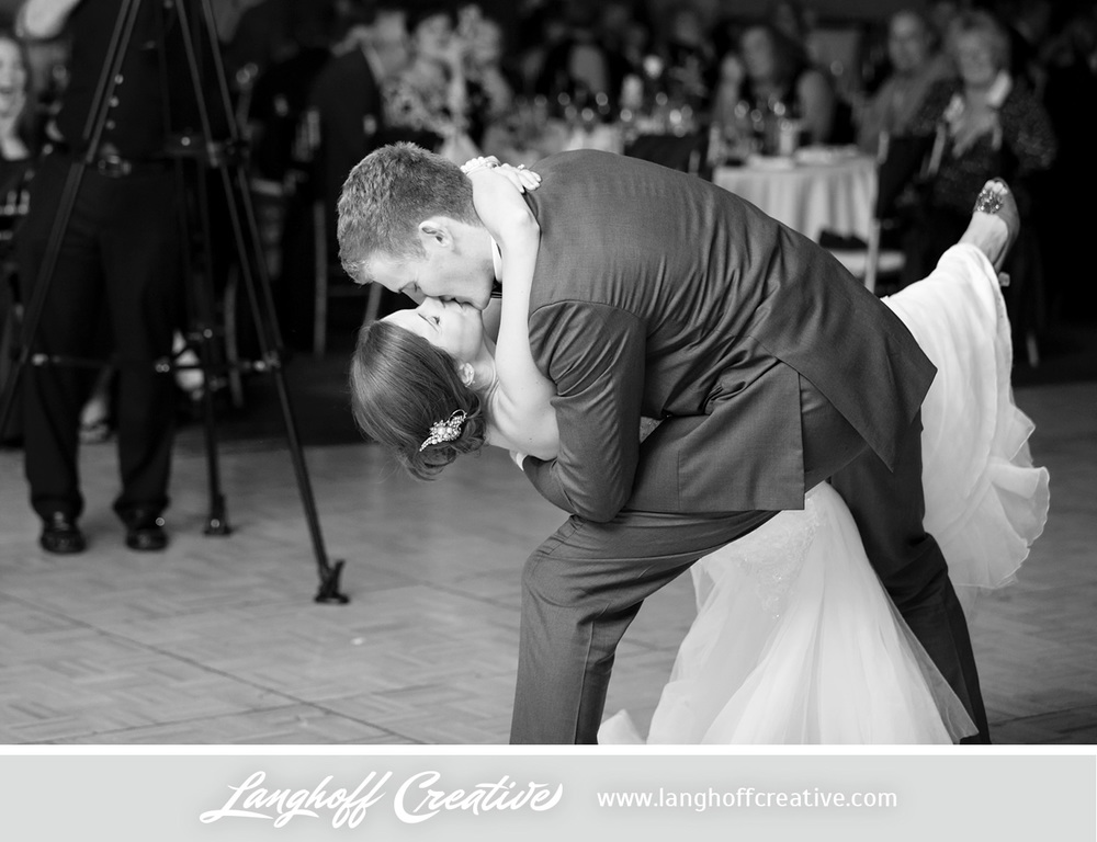 IllinoisWedding-WeddingPhotography-EaglewoodResort-LanghoffCreative-32-photo.jpg