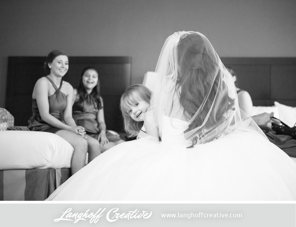 WisconsinWedding-WeddingPhotography-KenoshaCountryClub-LanghoffCreative-6-photo.jpg