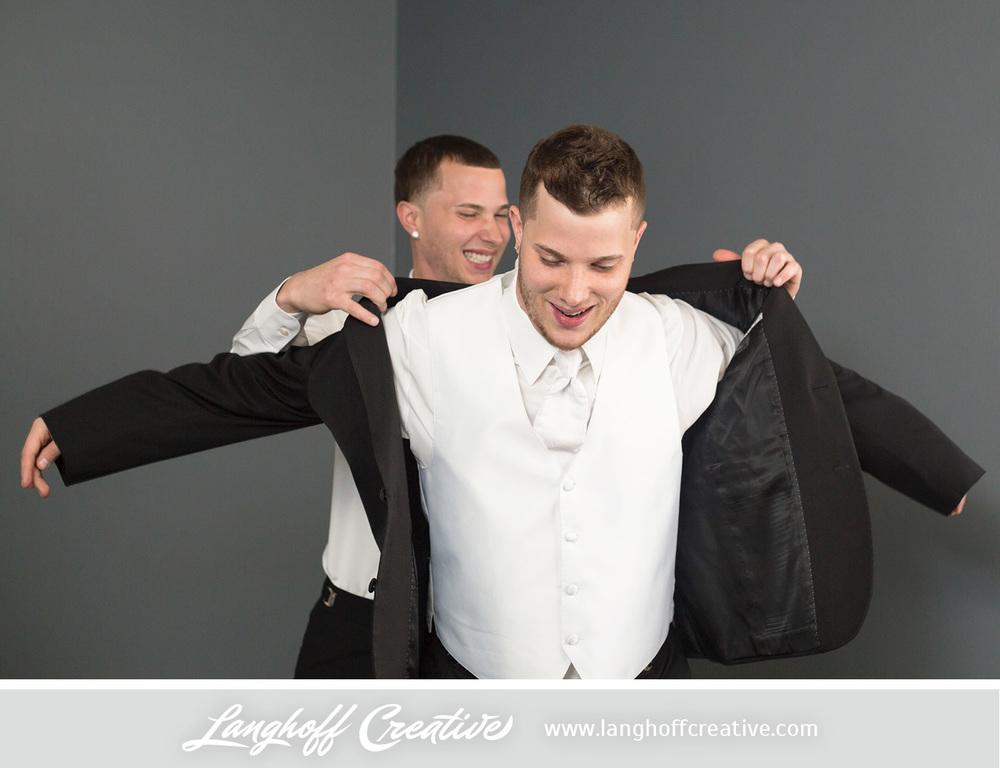WisconsinWedding-WeddingPhotography-FestivalHall-LanghoffCreative-4-photo.jpg