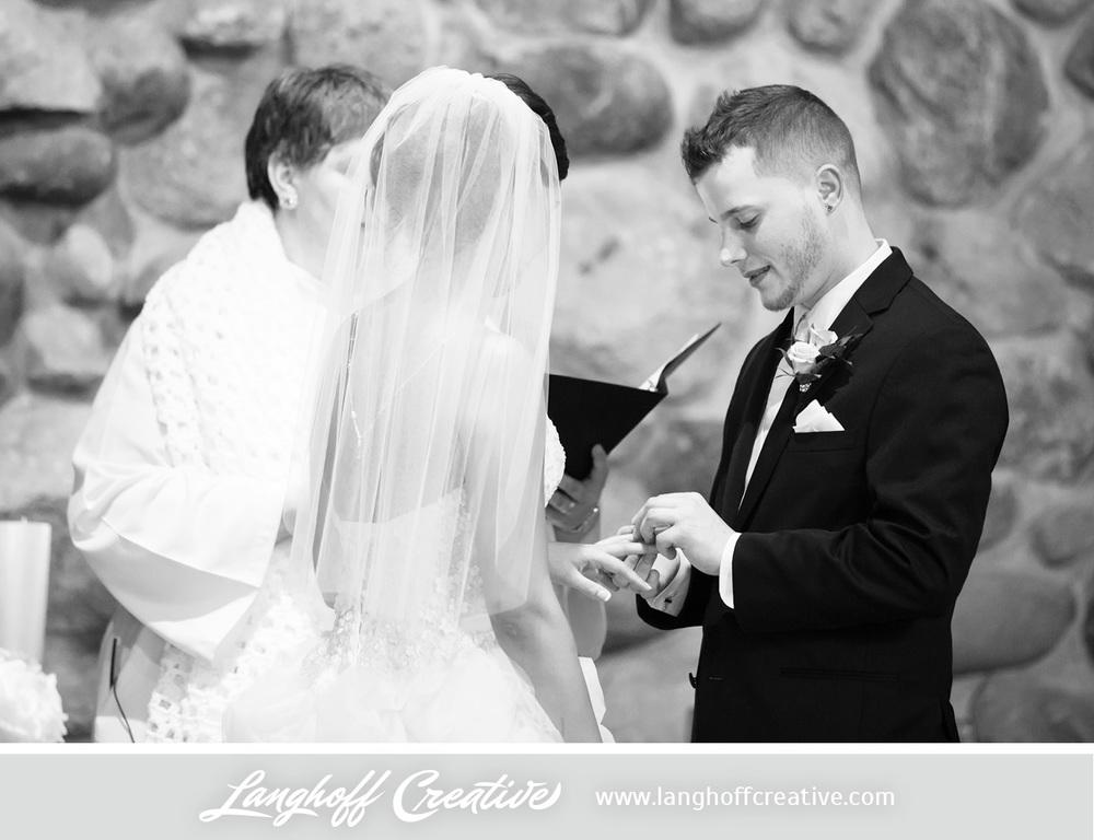 WisconsinWedding-WeddingPhotography-FestivalHall-LanghoffCreative-9-photo.jpg
