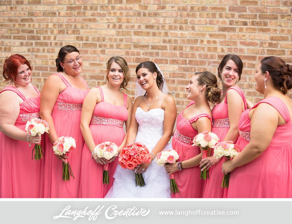 WisconsinWedding-WeddingPhotography-FestivalHall-LanghoffCreative-16-photo.jpg