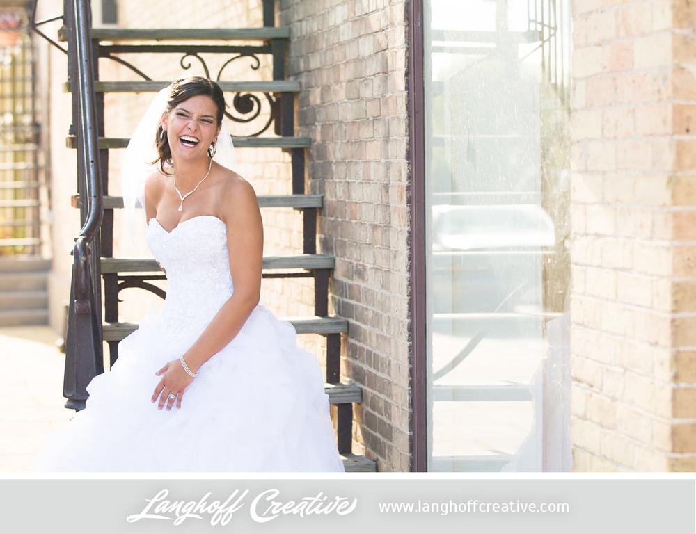 WisconsinWedding-WeddingPhotography-FestivalHall-LanghoffCreative-21-photo.jpg