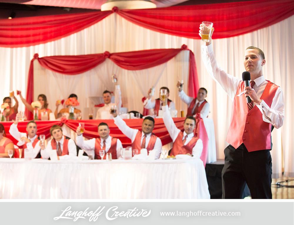 WisconsinWedding-WeddingPhotography-FestivalHall-LanghoffCreative-27-photo.jpg