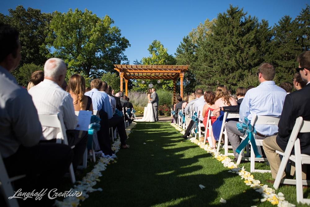 WeddingPhotography-WisconsinWedding-StrawberryCreek-LanghoffCreative-Brumm14-photo.jpg