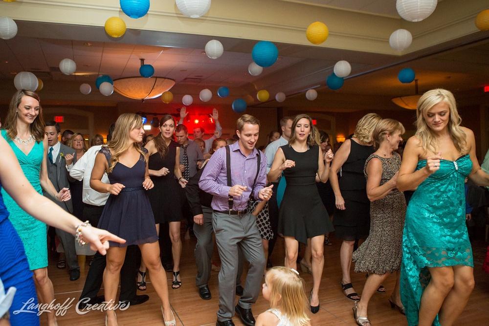WeddingPhotography-WisconsinWedding-StrawberryCreek-LanghoffCreative-Brumm33-photo.jpg