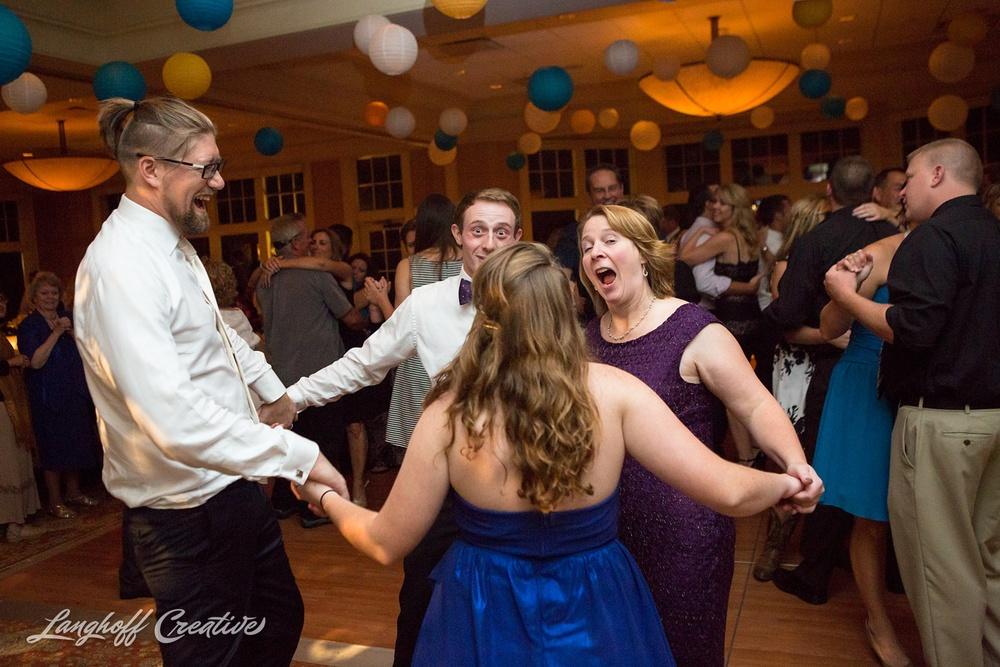 WeddingPhotography-WisconsinWedding-StrawberryCreek-LanghoffCreative-Brumm36-photo.jpg