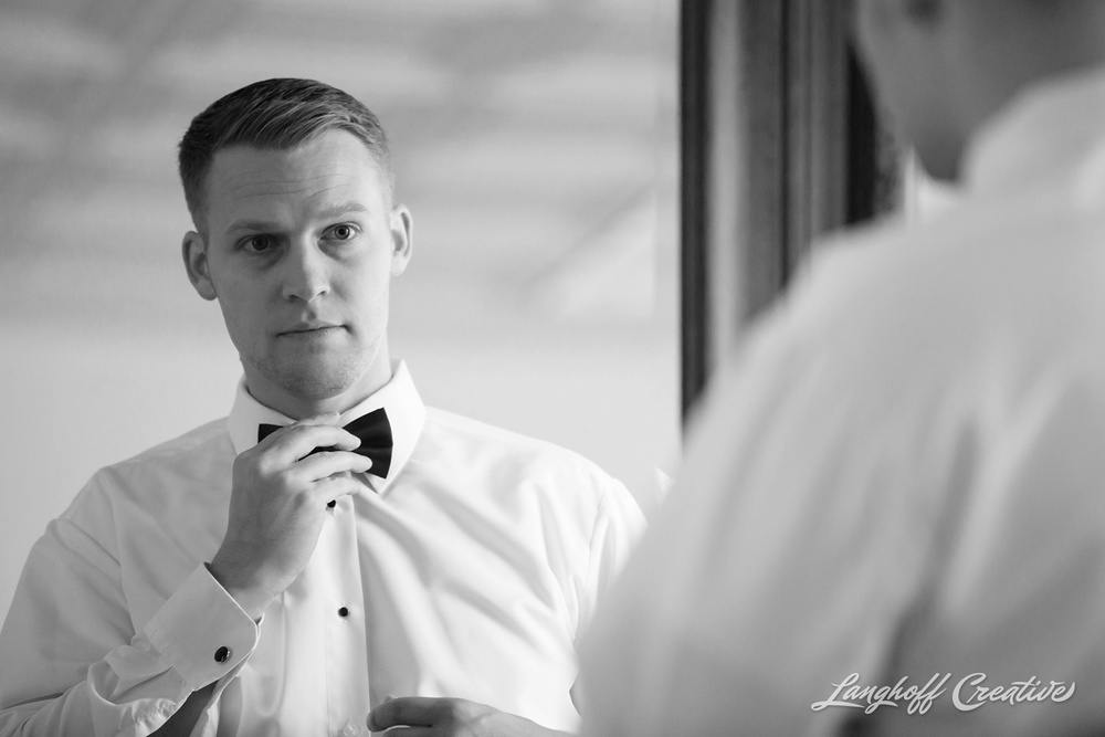 WisconsinWedding-WeddingPhotography-MemorialHall-Racine-2014-Nelson10-photo.jpg