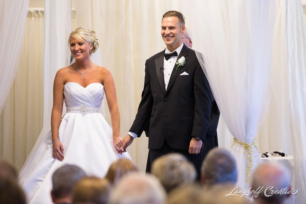 WisconsinWedding-WeddingPhotography-MemorialHall-Racine-2014-Nelson20-photo.jpg