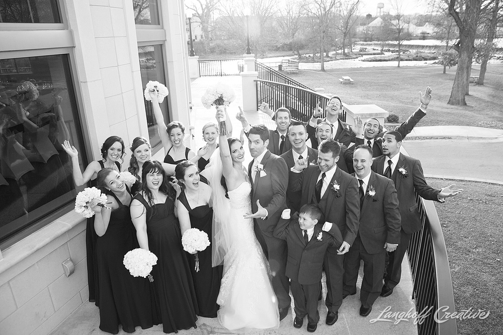 WisconsinWedding-WeddingPhotography-VeteransTerrace-RaleighPhotographer-LanghoffCreative-RyanNicoleHighlights-18-photo.jpg