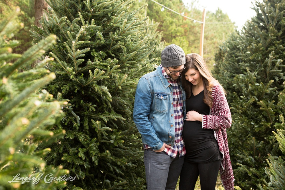 ChristmasTreeFarm-Raleigh-RaleighPhotographer-RaleighPhotography-PortraitSession-LanghoffCreative-JacobAshlee2014-2-photo.jpg