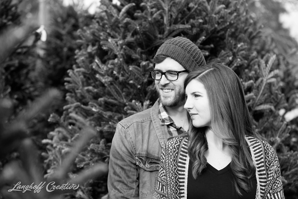 ChristmasTreeFarm-Raleigh-RaleighPhotographer-RaleighPhotography-PortraitSession-LanghoffCreative-JacobAshlee2014-7-photo.jpg
