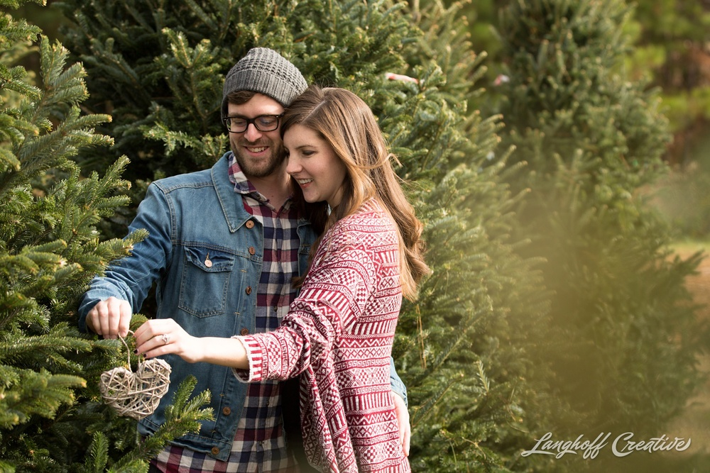 ChristmasTreeFarm-Raleigh-RaleighPhotographer-RaleighPhotography-PortraitSession-LanghoffCreative-JacobAshlee2014-17-photo.jpg
