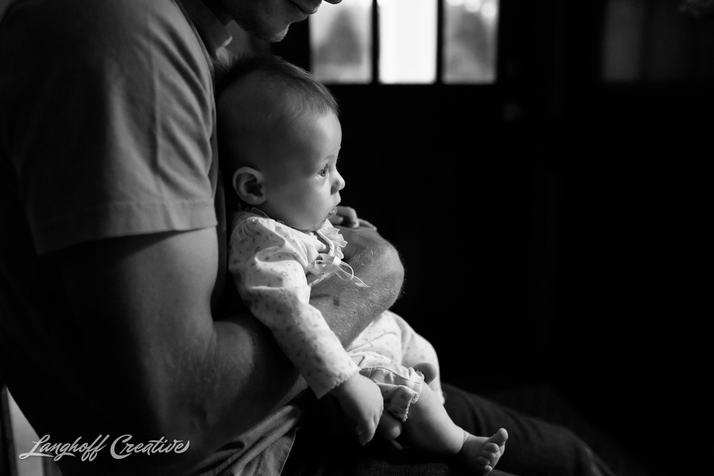 RaleighPhotographer-Family-Newborn-DocumentaryPhotography-RealLifeSession-DayInTheLife-LanghoffCreative-RDU-FamilySession-2015Quelette-11-photo.jpg