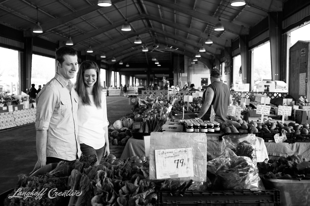 RaleighEngagement-FarmersMarket-DocumentaryPhotography-EngagementSession-RaleighWeddingPhotographer-LanghoffCreative-Steckman-1-photo.jpg