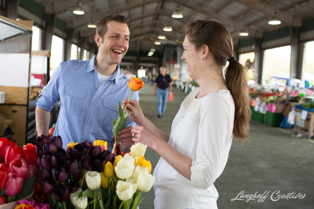 RaleighEngagement-FarmersMarket-DocumentaryPhotography-EngagementSession-RaleighWeddingPhotographer-LanghoffCreative-Steckman-9-photo.jpg