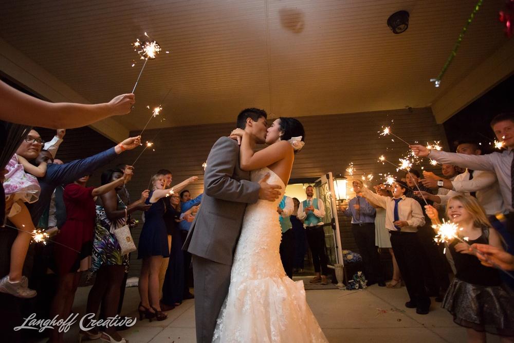RaleighPhotographer-DocumentaryPhotographer-DocumentaryWeddingPhotography-Wedding-WeddingPhotography-CharlotteWedding-RaleighWedding-LanghoffCreative-2015Martinez-37-photo.jpg