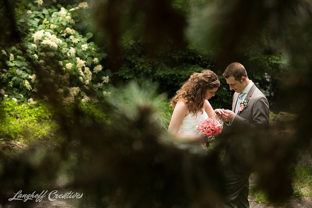 WeddingPhotography-NCwedding-RaleighWedding-WeddingPhotographer-2015-OutdoorWedding-Steckman-LanghoffCreative_21-photo.jpg