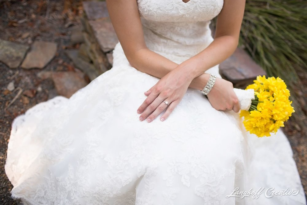 BridalSession-Bridals-RaleighBride-NCbride-JCRaulstonArboretum-RaleighWedding-WeddingPhotographer-LanghoffCreative-Amy2015-Bride-7-photo.jpg