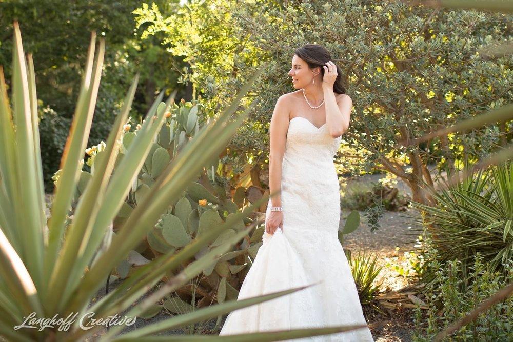 BridalSession-Bridals-RaleighBride-NCbride-JCRaulstonArboretum-RaleighWedding-WeddingPhotographer-LanghoffCreative-Amy2015-Bride-12-photo.jpg