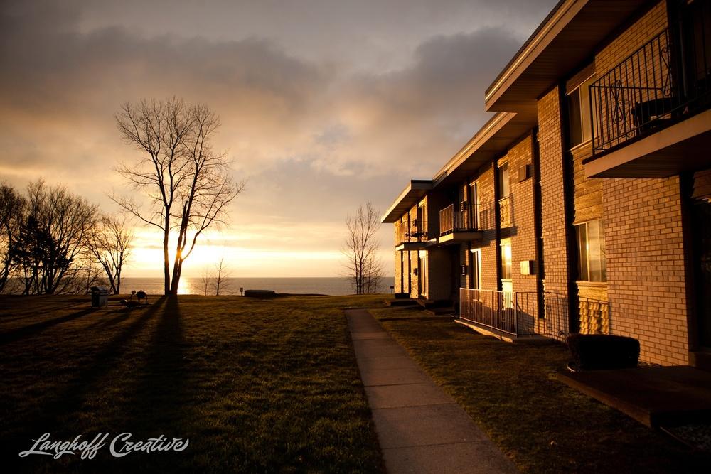 LakeMichigan-Sunrises-Kenosha-Wisconsin-AmberLanghoff-photographer-3-photo.jpg