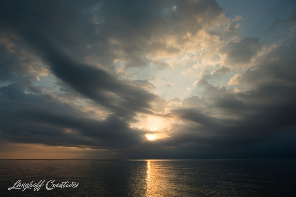 LakeMichigan-Sunrises-Kenosha-Wisconsin-AmberLanghoff-photographer-6-photo.jpg