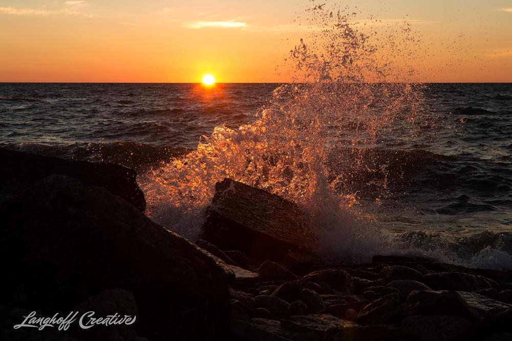 LakeMichigan-Sunrises-Kenosha-Wisconsin-AmberLanghoff-photographer-8-photo.jpg