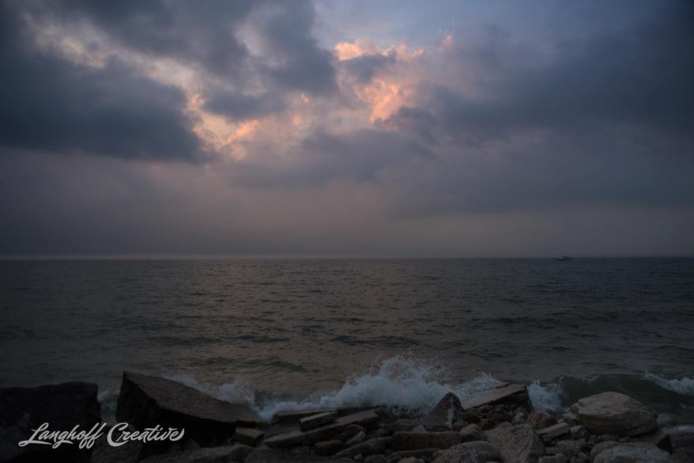 LakeMichigan-Sunrises-Kenosha-Wisconsin-AmberLanghoff-photographer-11-photo.jpg