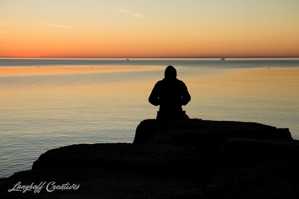 LakeMichigan-Sunrises-Kenosha-Wisconsin-AmberLanghoff-photographer-14-photo.jpg
