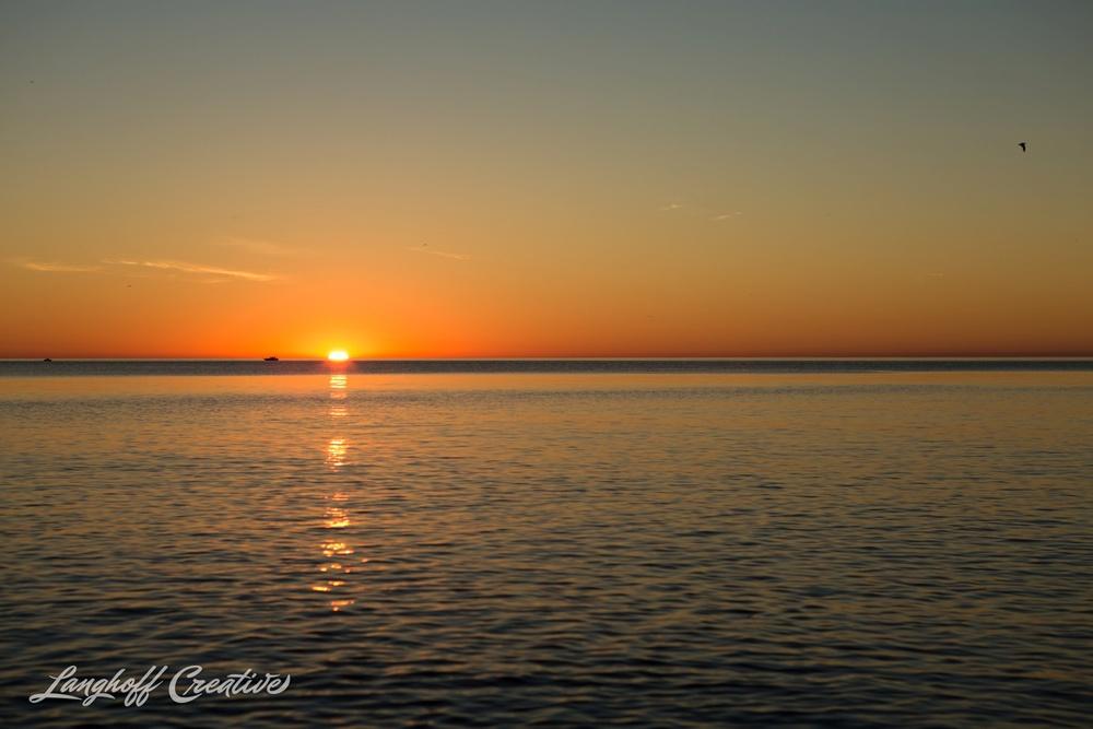 LakeMichigan-Sunrises-Kenosha-Wisconsin-AmberLanghoff-photographer-15-photo.jpg