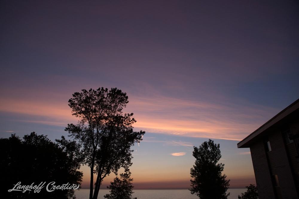 LakeMichigan-Sunrises-Kenosha-Wisconsin-AmberLanghoff-photographer-19-photo.jpg
