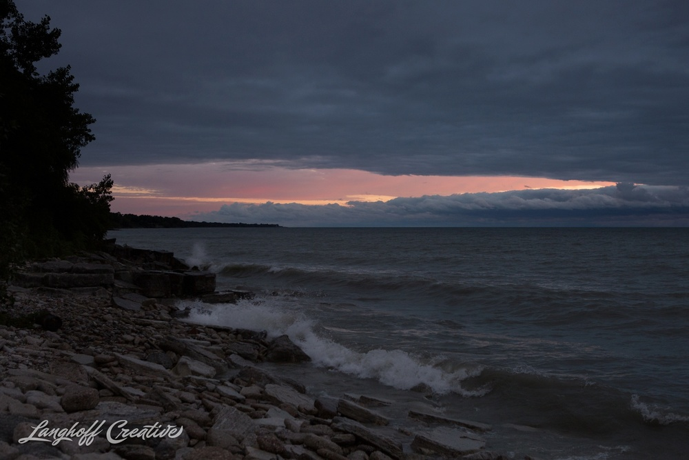 LakeMichigan-Sunrises-Kenosha-Wisconsin-AmberLanghoff-photographer-21-photo.jpg
