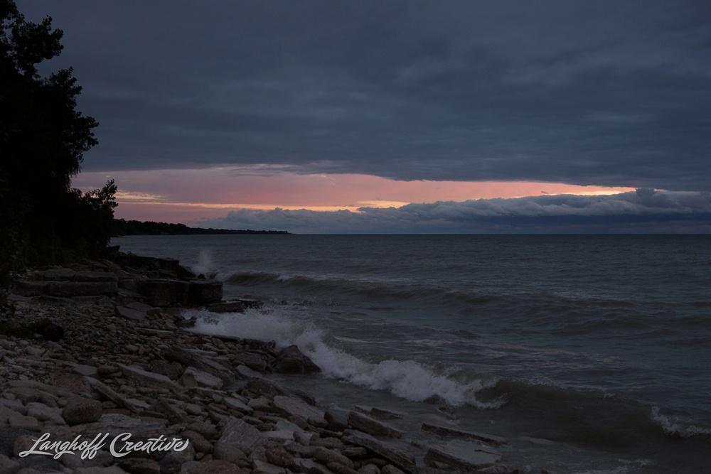 LakeMichigan-Sunrises-Kenosha-Wisconsin-AmberLanghoff-photographer-21-photo.jpg