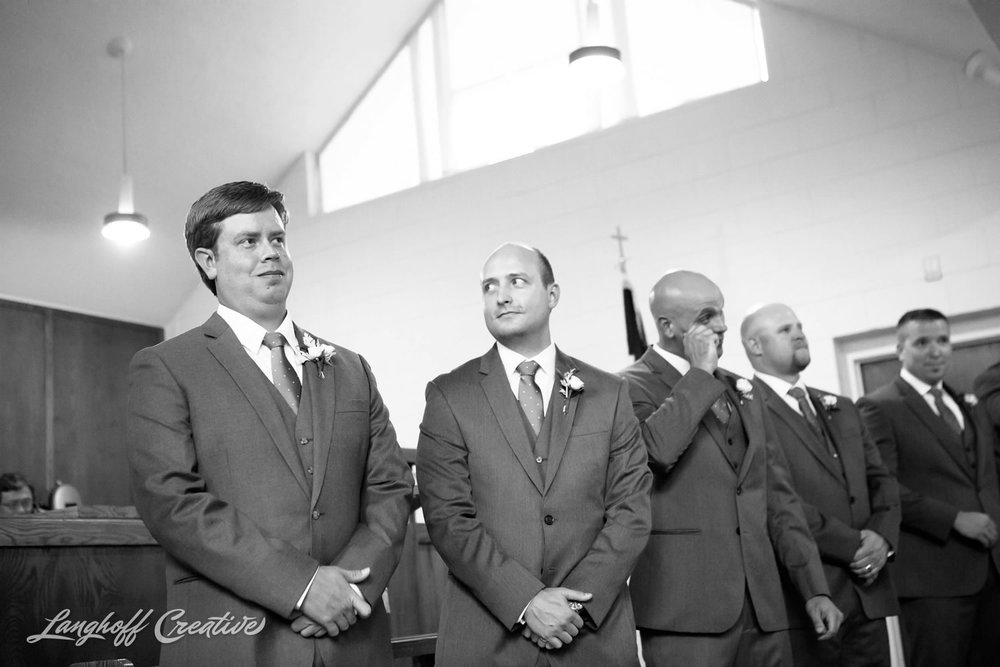 RaleighWedding-WeddingPhotographer-DowntownRaleigh-NCStateWedding-BellTower-NCSU-LanghoffCreative-Dimm2015-09-photo.jpg