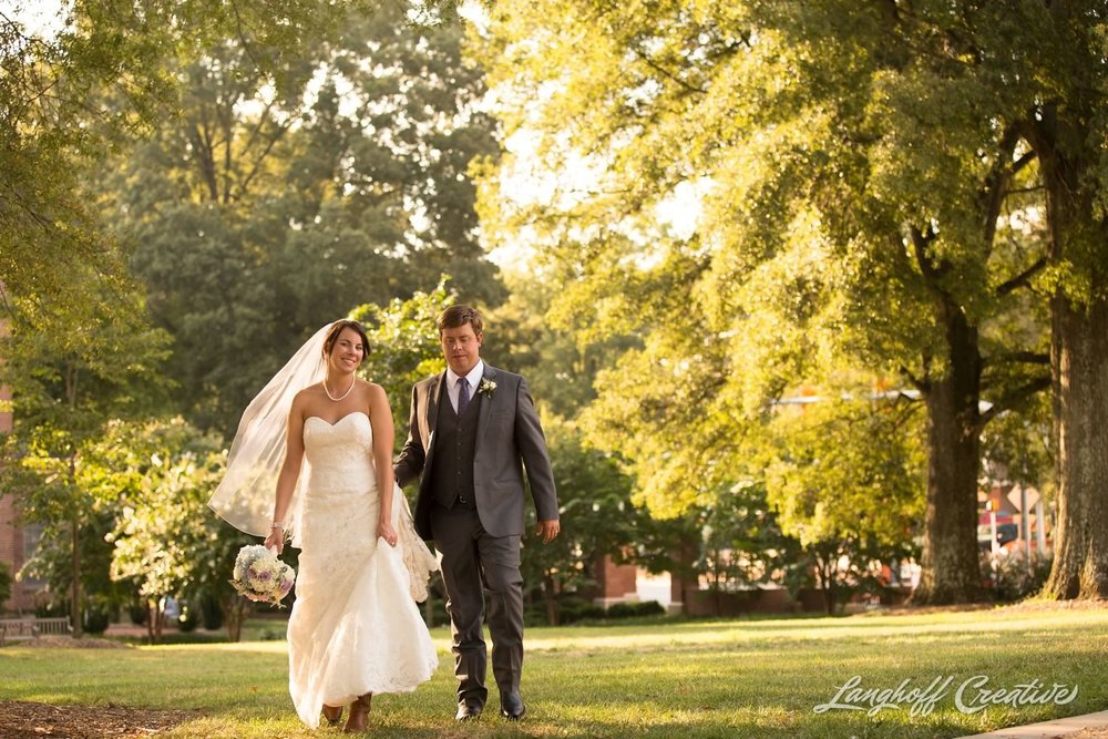 RaleighWedding-WeddingPhotographer-DowntownRaleigh-NCStateWedding-BellTower-NCSU-LanghoffCreative-Dimm2015-20-photo.jpg