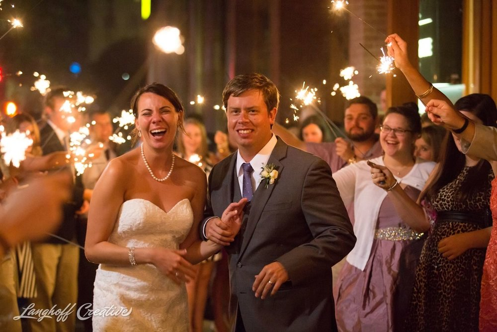 RaleighWedding-WeddingPhotographer-DowntownRaleigh-NCStateWedding-BellTower-NCSU-LanghoffCreative-Dimm2015-33-photo.jpg