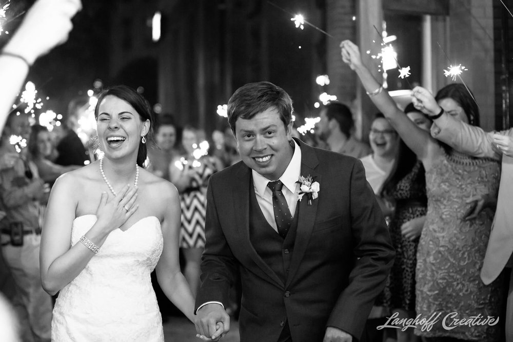 RaleighWedding-WeddingPhotographer-DowntownRaleigh-NCStateWedding-BellTower-NCSU-LanghoffCreative-Dimm2015-34-photo.jpg