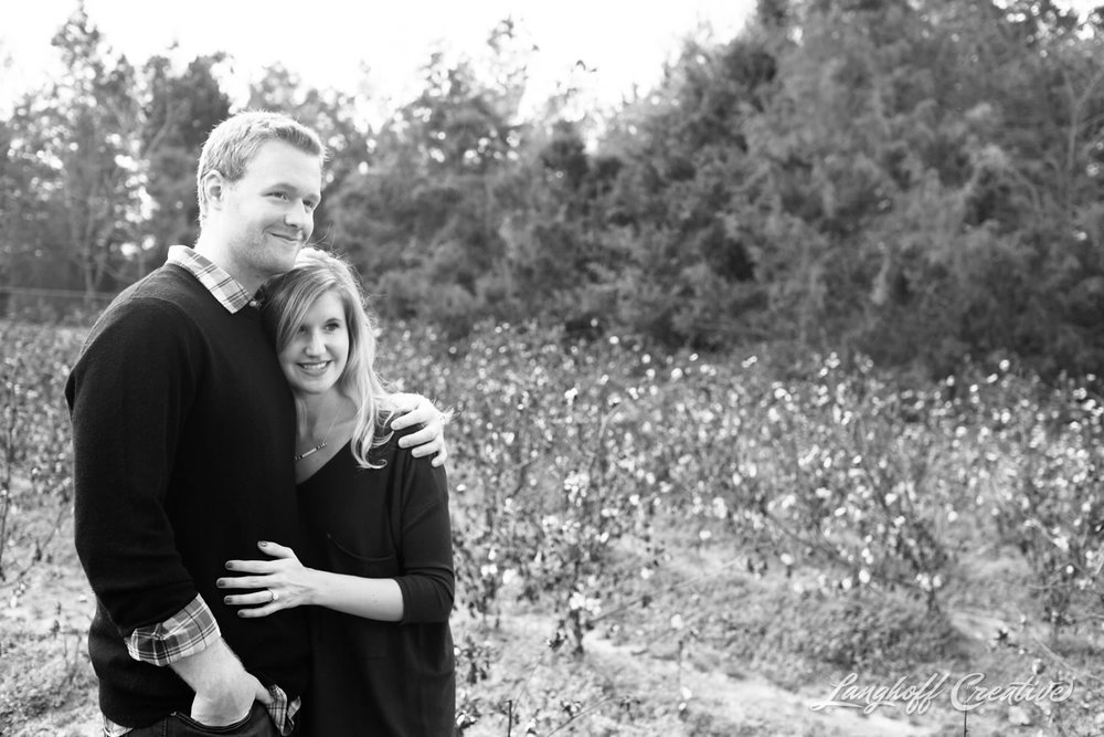 Engagement-RaleighEngagement-EngagementPhotography-RaleighPhotographer-RaleighWeddingPhotographer-LanghoffCreative-JakeBrooke2015-15-photo.jpg