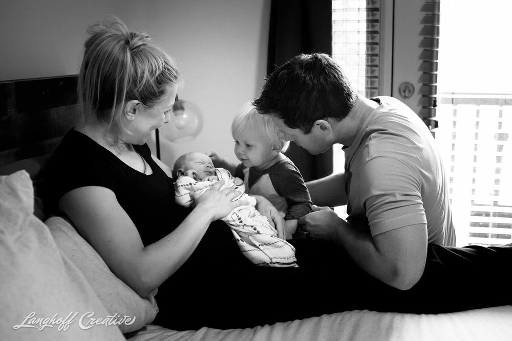LanghoffCreative-BirthPhotographer-RaleighBirthPhotography-RaleighFamilyPhotography-RealLifeSession-London-05-photo.jpg