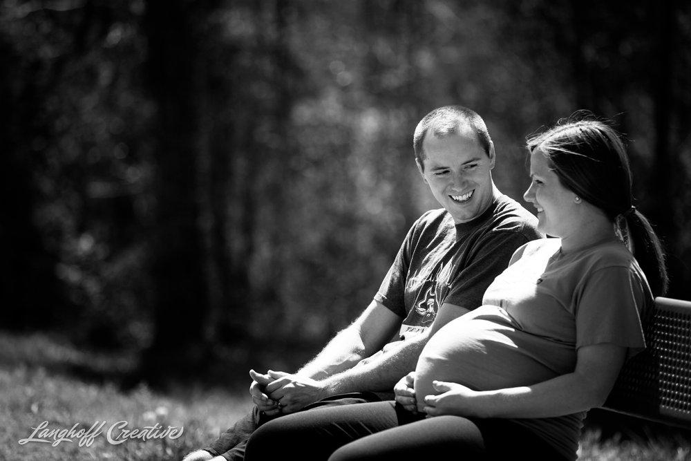 LanghoffCreative-MaternitySession-RaleighFamilyPhotography-DocumentaryFamilyPhotography-RaleighMaternity-DayInTheLife-RealLifeSession-Oakley-5-photo.jpg