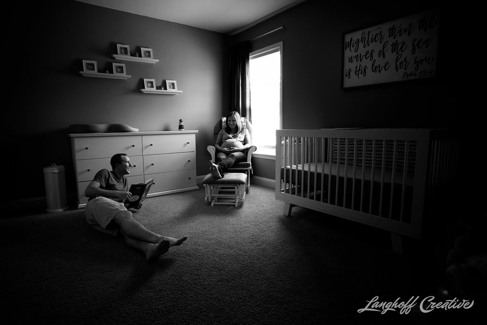 LanghoffCreative-MaternitySession-RaleighFamilyPhotography-DocumentaryFamilyPhotography-RaleighMaternity-DayInTheLife-RealLifeSession-Oakley-9-photo.jpg
