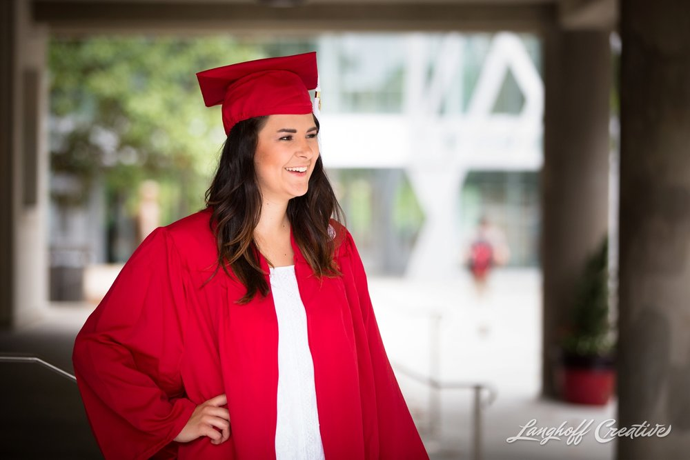 LanghoffCreative-AmberLanghoff-SeniorSession-DocumentaryPhotography-NCphotographer-NCSU-NCState-DocumentaryPhotographer-Allison2017-15-photo.jpg
