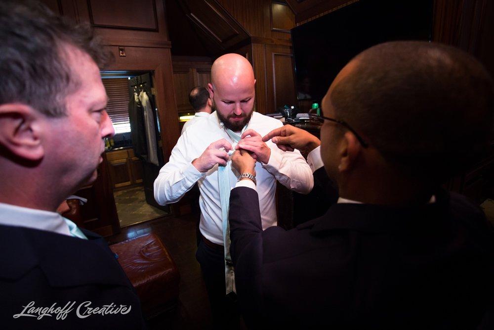 LanghoffCreative-AmberLanghoff-Wedding-DocumentaryFamilyPhotography-NCphotographer-DocumentaryPhotographer-RaleighDurham-JaredJennifer-5-photo.jpg
