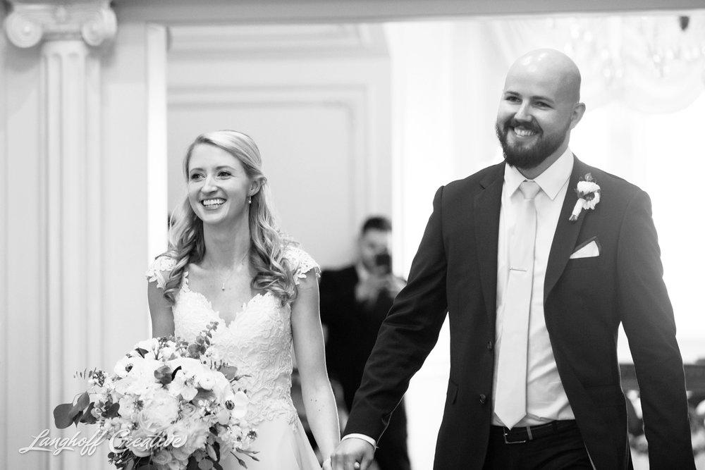 LanghoffCreative-AmberLanghoff-Wedding-DocumentaryFamilyPhotography-NCphotographer-DocumentaryPhotographer-RaleighDurham-JaredJennifer-15-photo.jpg