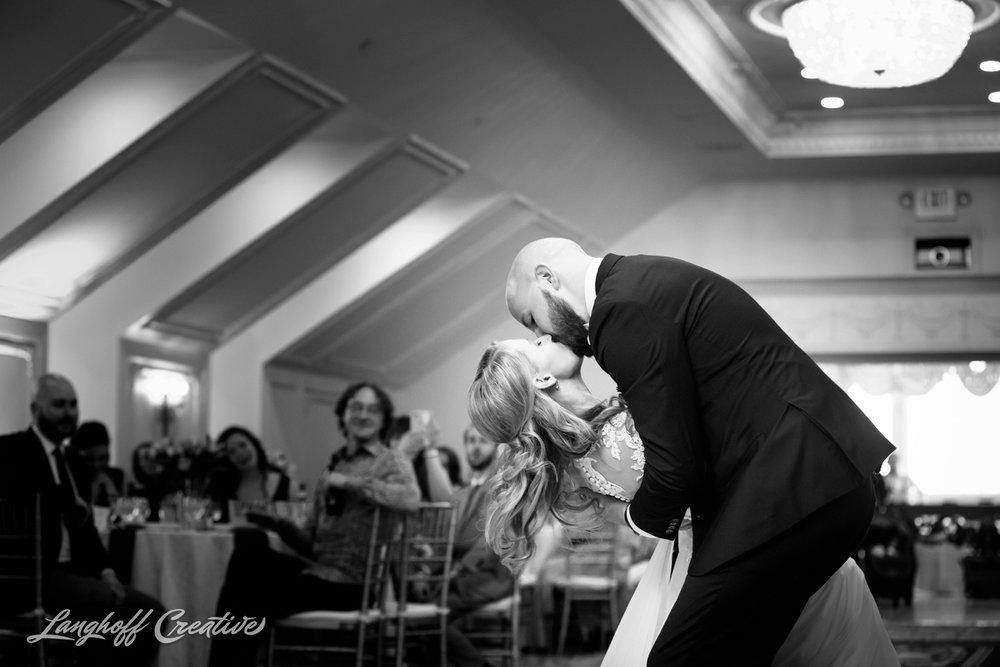 LanghoffCreative-AmberLanghoff-Wedding-DocumentaryFamilyPhotography-NCphotographer-DocumentaryPhotographer-RaleighDurham-JaredJennifer-16-photo.jpg